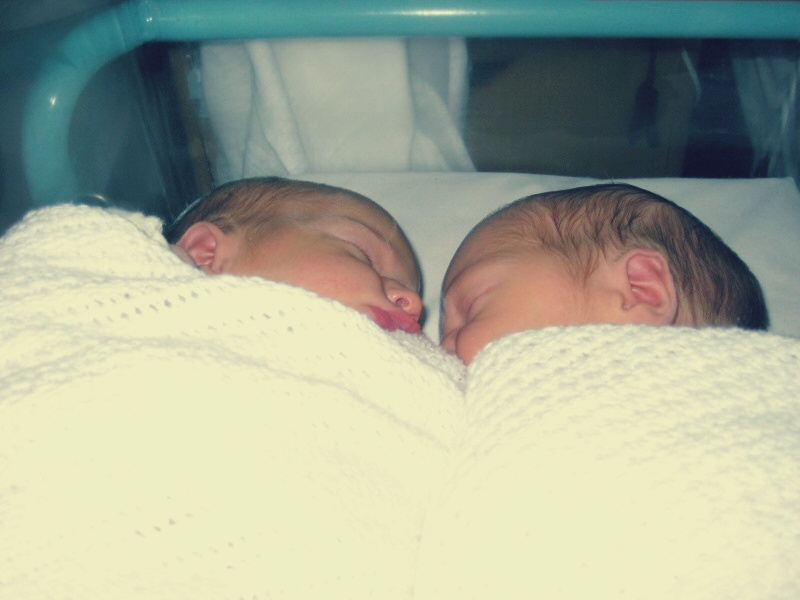 Why I love being a twin doula